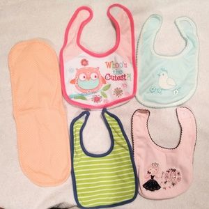 Other - Bibs and burp cloth